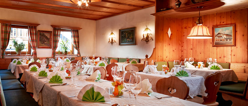 Hotel Fischerwirt, Zell am See, Austria - Dining room.jpg